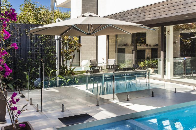 Eclipse Cantilever Umbrellas 187 Temporary Pool Fencing