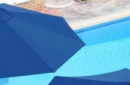 rotating-cantilever-umbrella